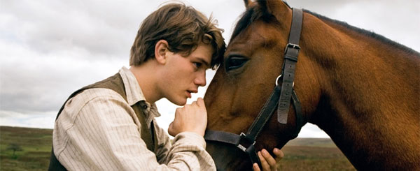 Steven Spielberg's War Horse Trailer is Boring