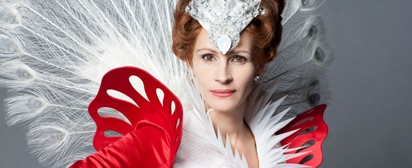 New Snow White Images, Featuring Julia Roberts