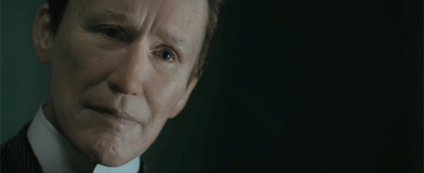 Albert Nobbs is a Creepy Man, and Creepier Woman