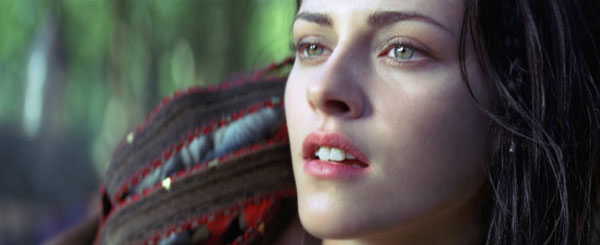 Snow White and the Huntsman: Sexy But Hollow