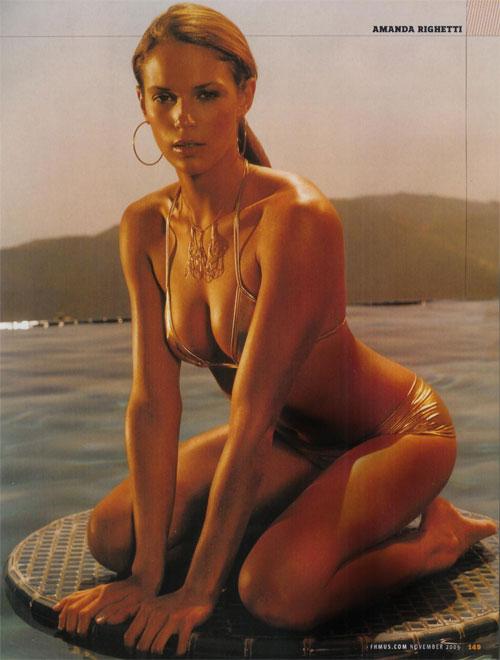 Amanda Righetti bikini