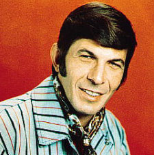 This is how Leonard Nimoy will dress in Fringe