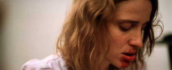 Dogtooth Movie Review