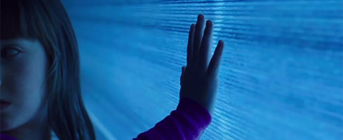 2015's 'Poltergeist Floats' onto DVD, For Some Reason