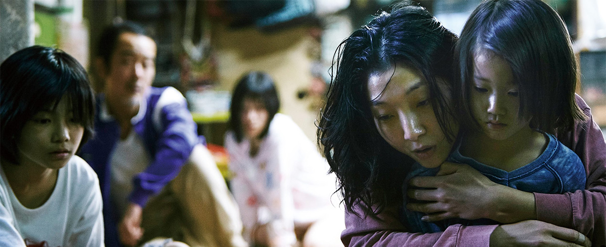 'Shoplifters' is Like a Kitten with Razor-Blade Claws