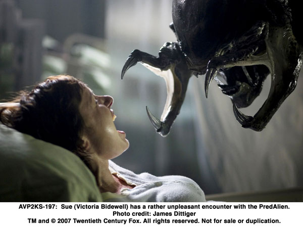Aliens vs. Predator Requiem Image 5
