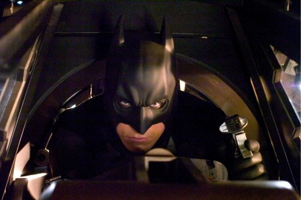 Batman Begins Image 3