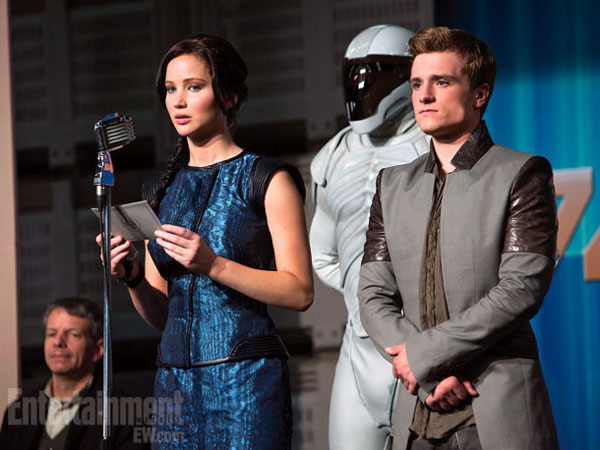 Jennifer Lawrence and Josh Hutcherson in Catching Fire