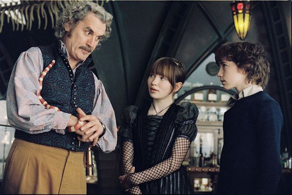 Lemony Snicket's A Series of Unfortunate Events Image 7