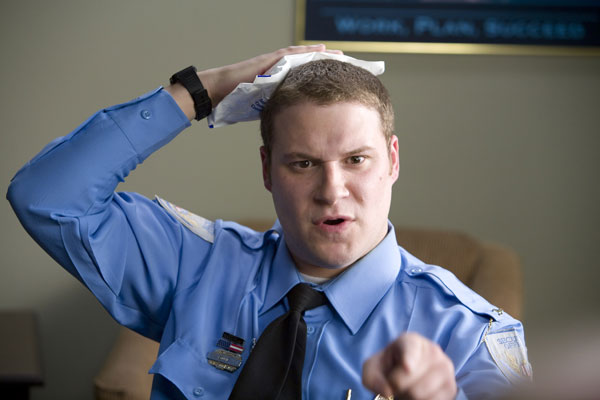 Observe and Report Image 19