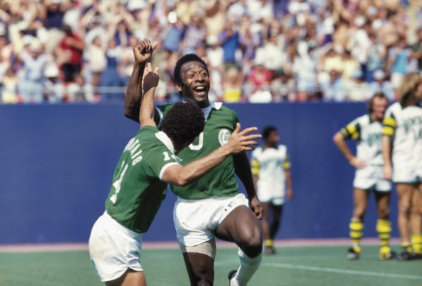 Once in a Lifetime: The Extraordinary Story of the New York Cosmos Image 3
