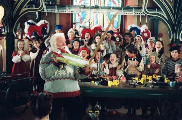 Santa Clause 3: The Escape Clause Image 13