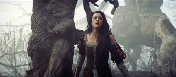 Snow White and the Huntsman Image 26