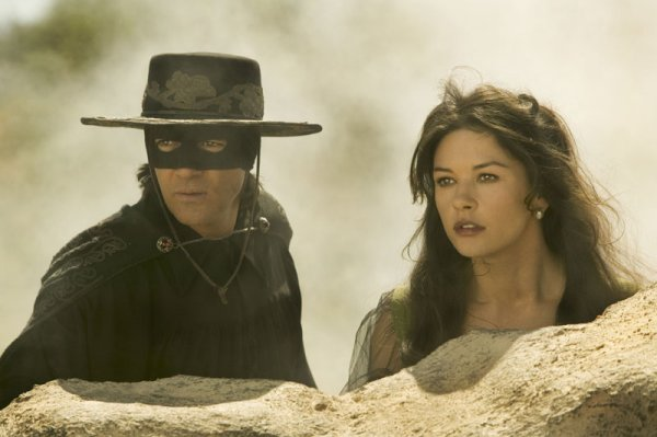 The Legend of Zorro Image 9