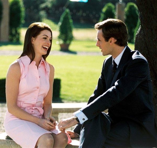 The Princess Diaries 2: Royal Engagement Image 5